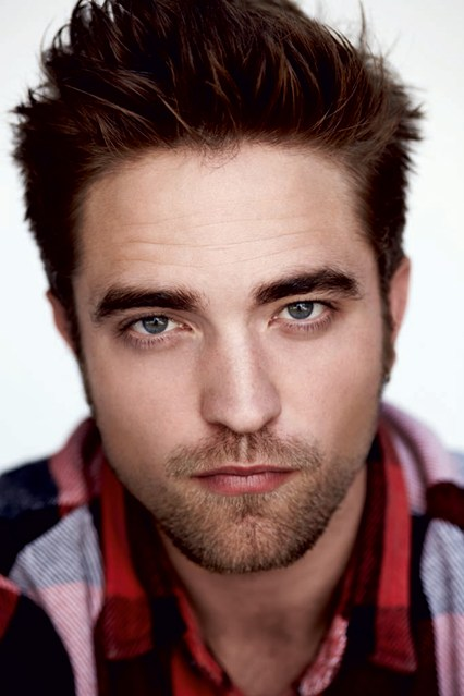 robert-pattinson-vogue-12jun13-pr_b_426x639