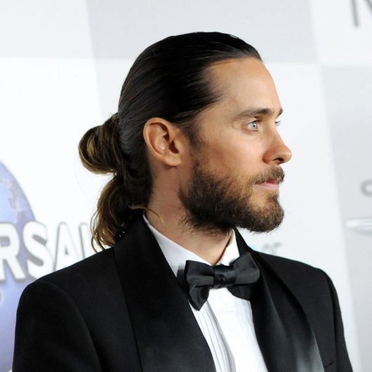 Jared-Leto-Style-Grammys-2014-Video