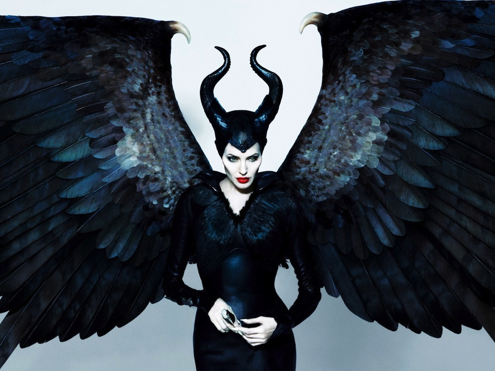 Angelina-Jolie-as-Maleficent-Wallpaper-1400x1050