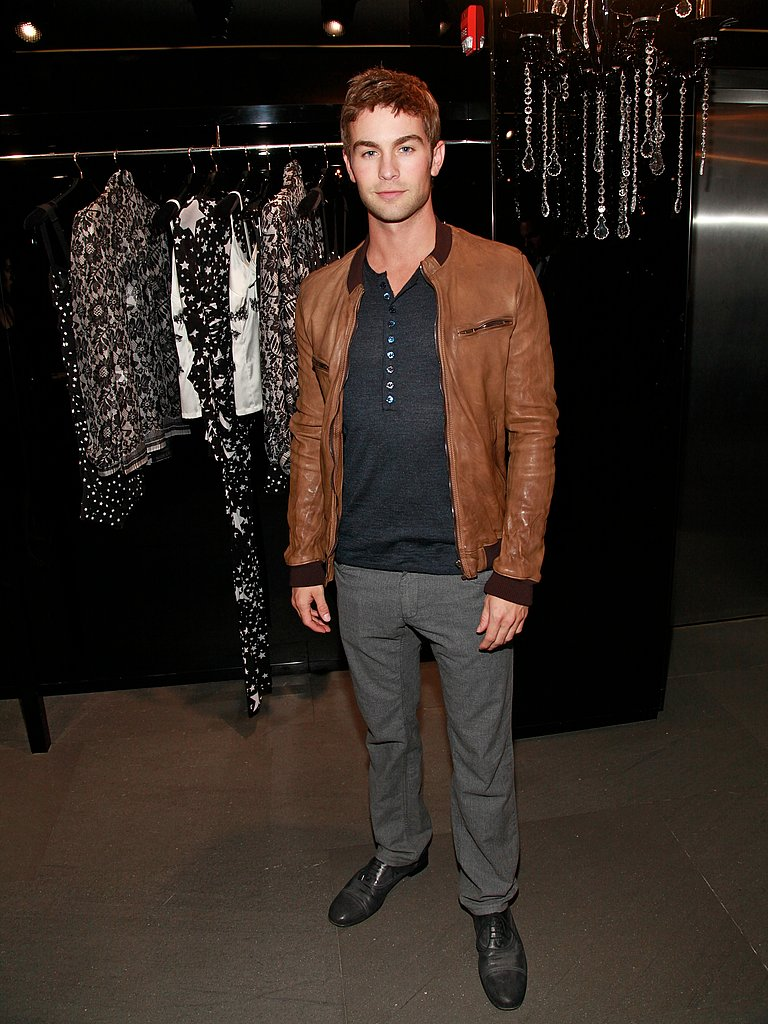 Chace-Crawford-kept-his-palette-neutral-Fashion-Night-Out