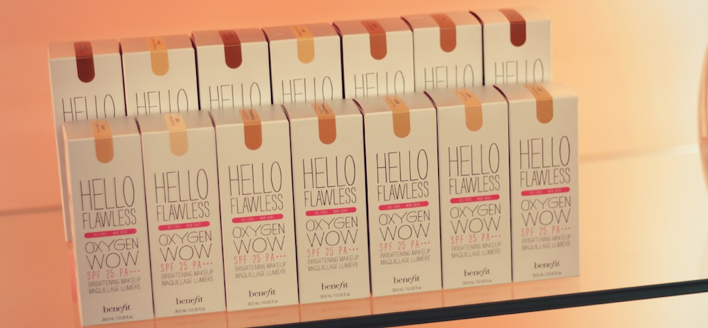base hello flawless benefit