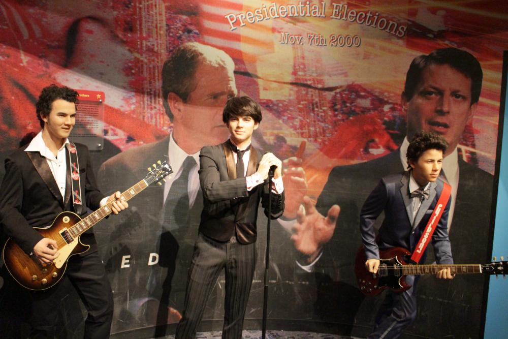 Jonas Brothers Madame Tussauds NY
