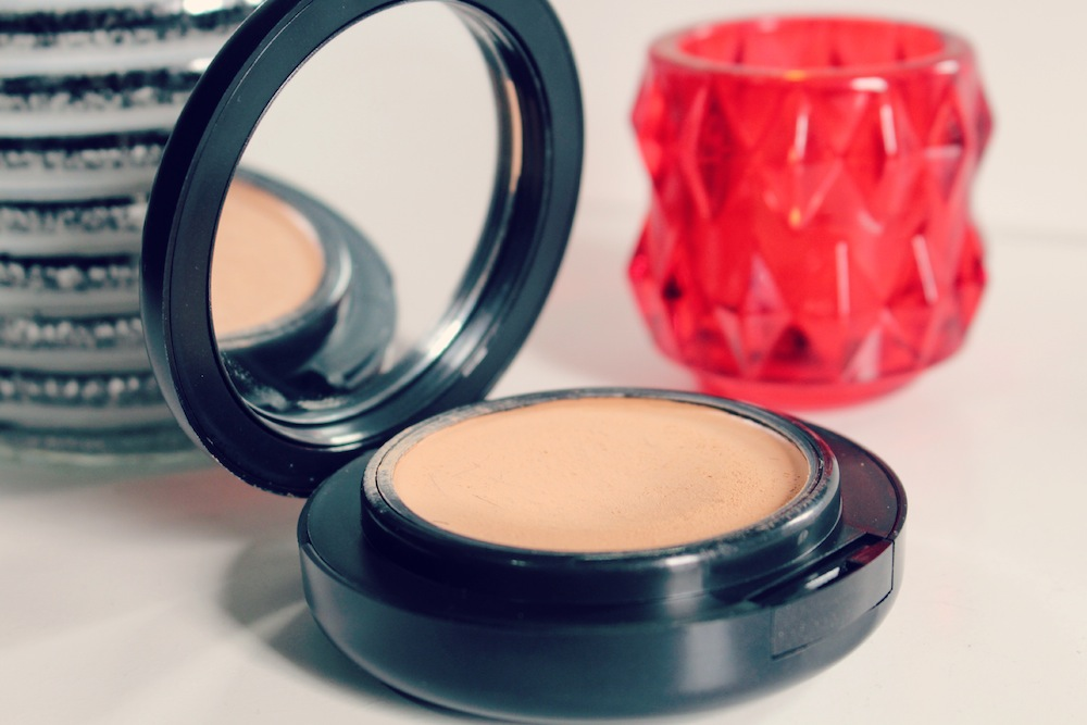 pro longwear compacta mac review
