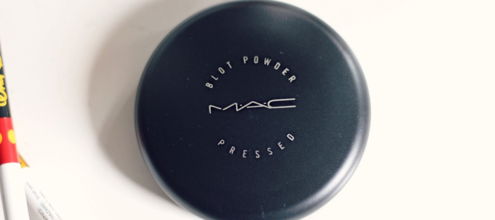 review blot powder mac