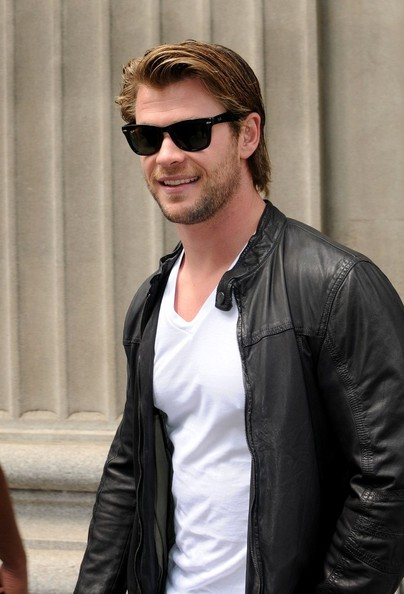 Chris+Hemsworth+Chris+Hemsworth+Shops+Calvin+9tn8XY3tFNLl