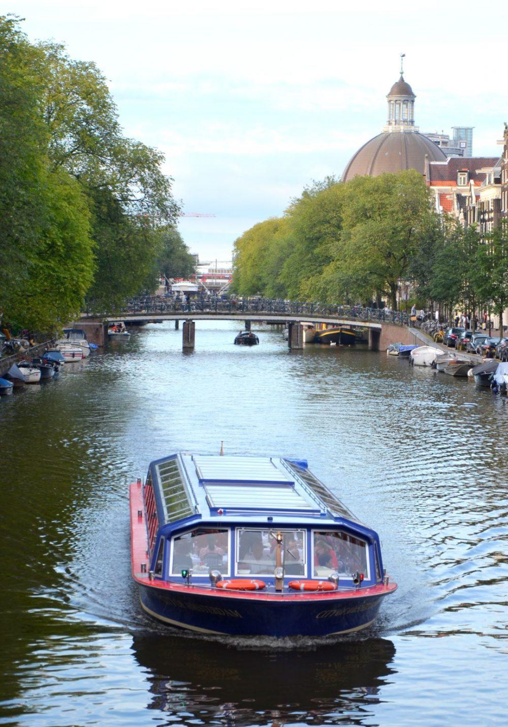 amsterdam-cruise-boat