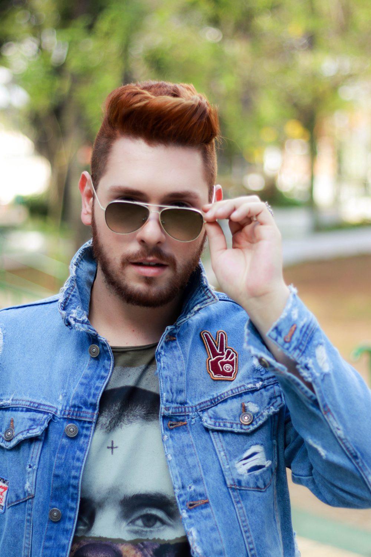 look-do-dia-masculino-moda-homens-jaqueta-jeans-patches-dotanada-luh-sicchierolli_-12