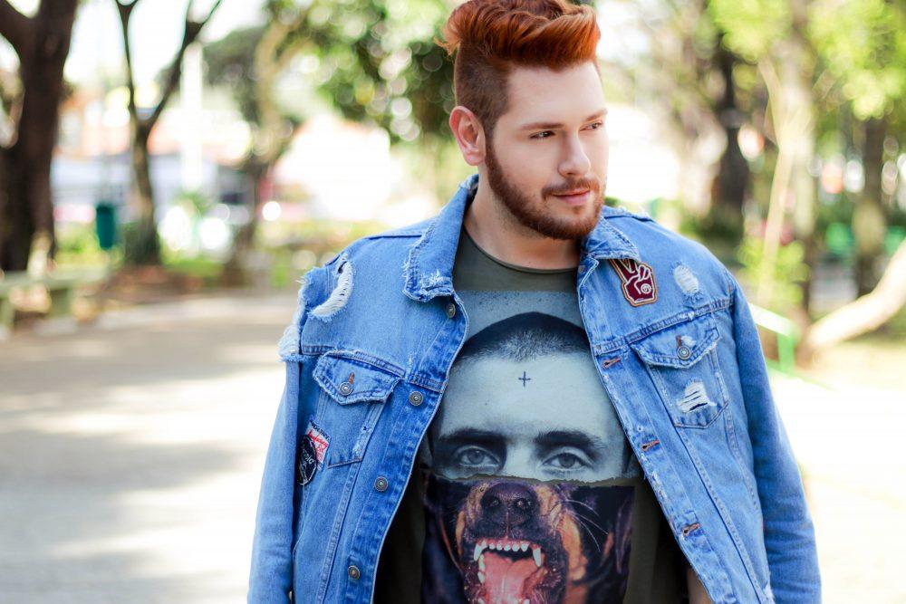 look-do-dia-masculino-moda-homens-jaqueta-jeans-patches-dotanada-luh-sicchierolli_-19