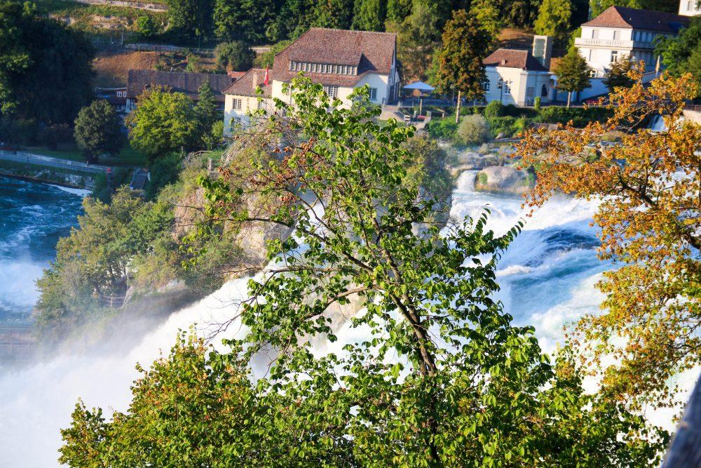 guia-suica-schaffausen-rheinfall-viagem-turismo-switzerland_-16