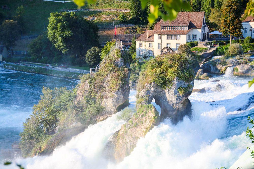 guia-suica-schaffausen-rheinfall-viagem-turismo-switzerland_-17