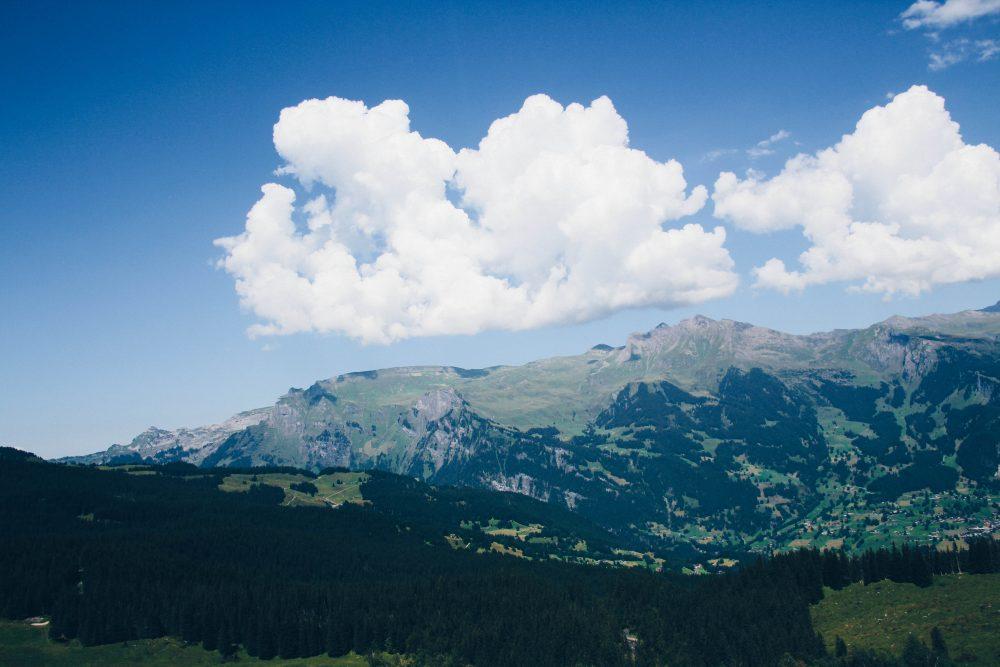 melhor-montanha-para-se-visitar-na-suic%cc%a7a-como-chegar-guia-valores-topo-do-mundo-luh-estilo-bifasico-10