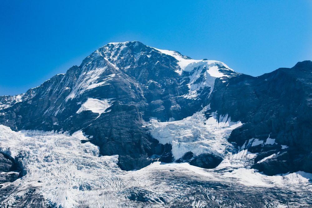 melhor-montanha-para-se-visitar-na-suic%cc%a7a-como-chegar-guia-valores-topo-do-mundo-luh-estilo-bifasico-18
