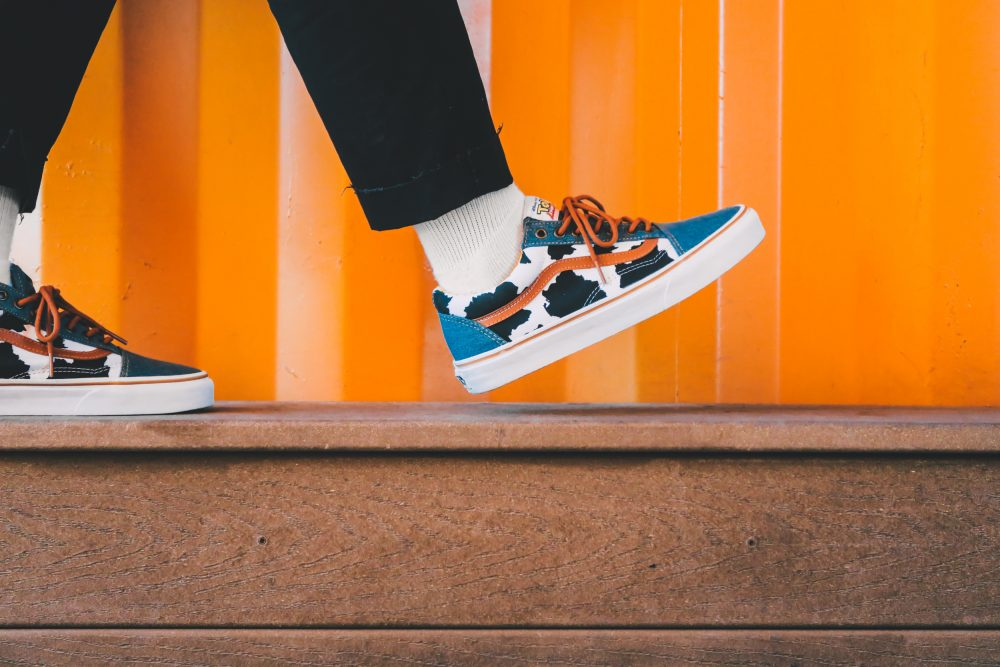toy-story-vans-woody-old-skool-on-feet-6