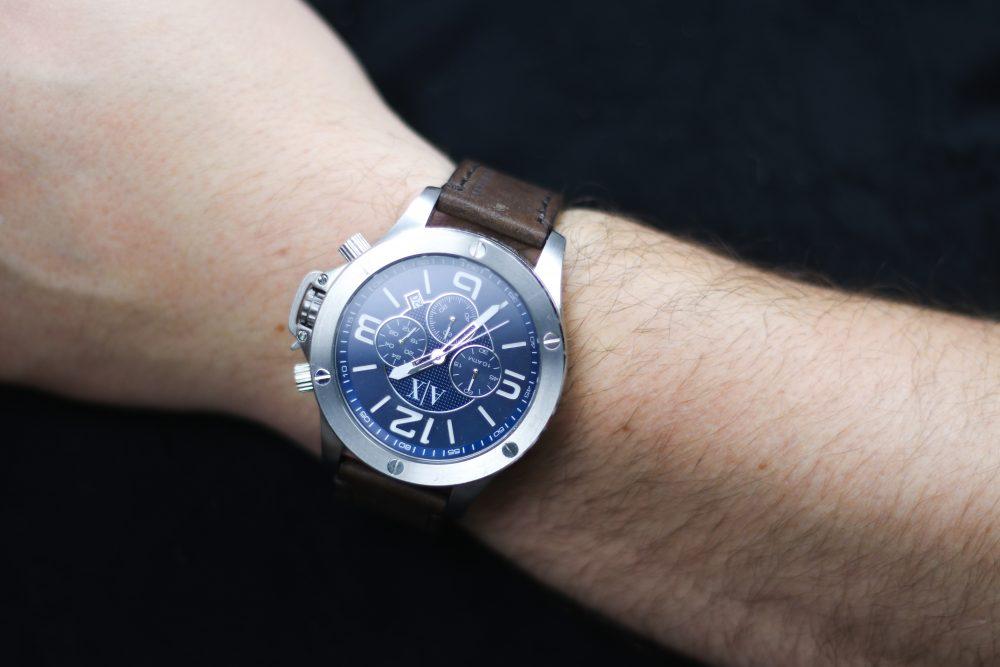 555720804bb Não que relógios vintage sejam um problema